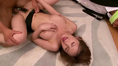 Yui Azusa perfect body wife fucked in front of her husband SOE-582 CD 2