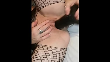 Hot Hippy Wife cums and creams her BBC toy