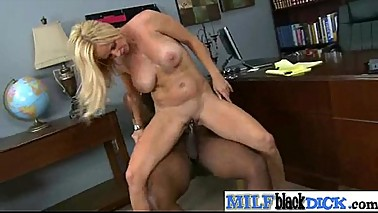 Monster Black Cock Fill Wet Pussy Of Horny Milf  vid-30
